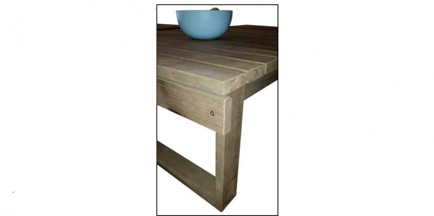 Square table 6