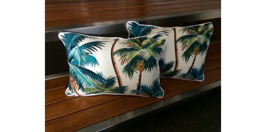 Sanctuary Cushion – Palm Trees White rectangular 3